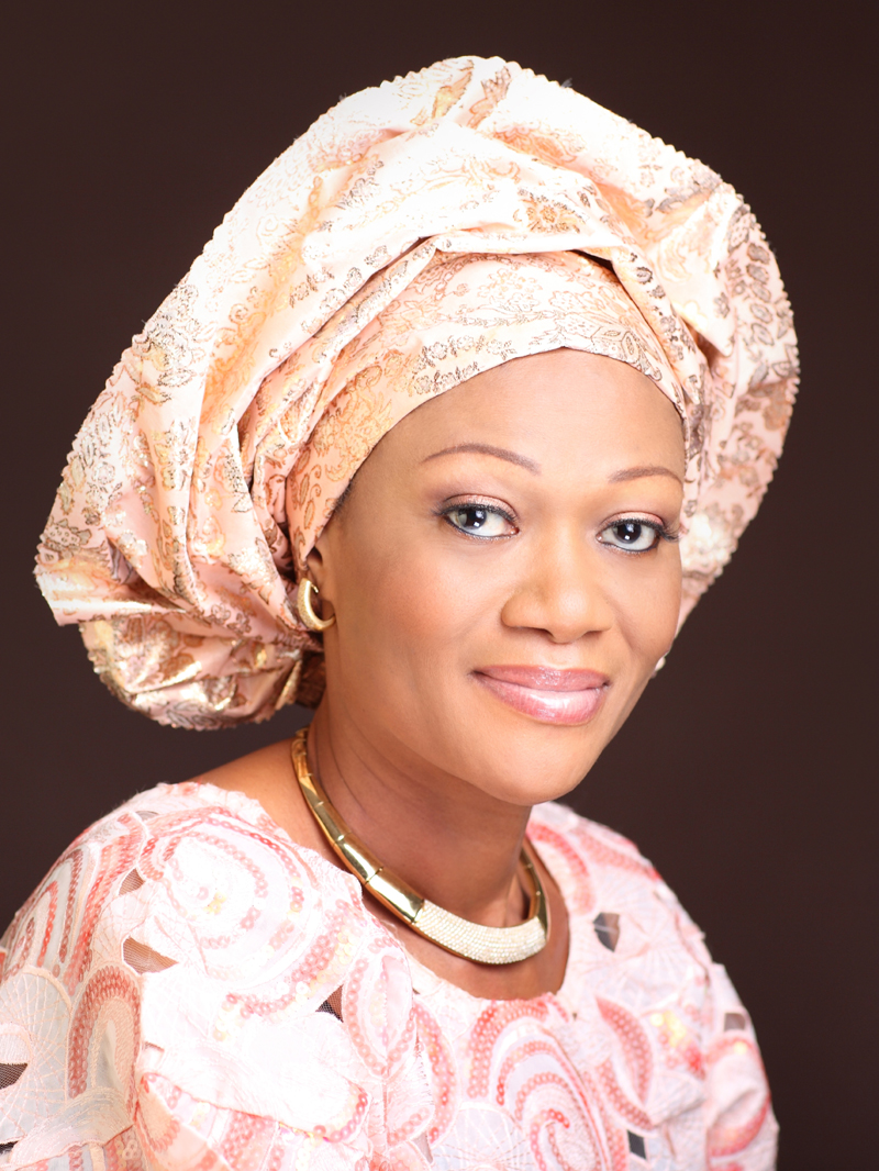 Vote for change in 2015, says Sen Tinubu at Town Hall meeting
